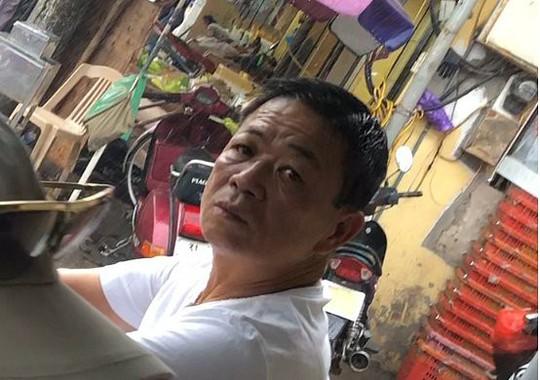 Bắt ông trùm cưỡng đoạt tài sản tại chợ Long Biên - Ảnh 1.