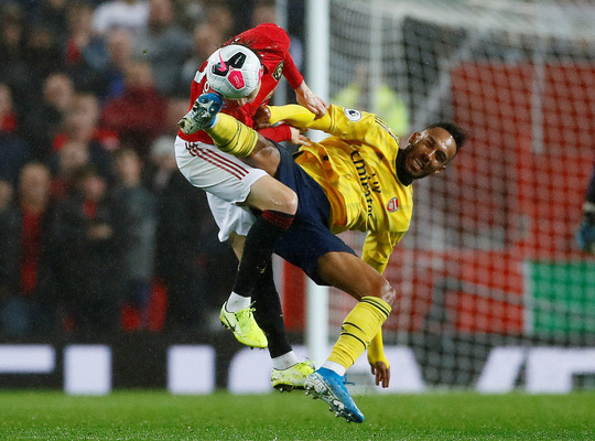 Man United rơi xuống vị trí thứ 10, ghế Solskjaer lung lay!  - Ảnh 1.
