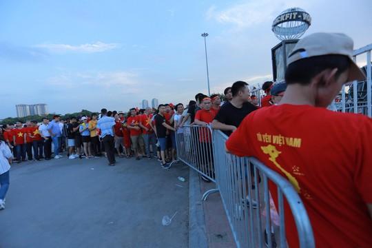 Việt Nam - Malaysia 1-0: Chiến thắng xứng đáng tại chảo lửa Mỹ Đình - Ảnh 24.