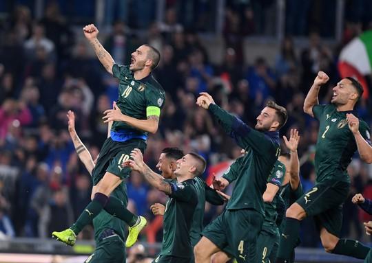 Sao Chelsea lập công, tuyển Ý đến thẳng Euro 2020 - Ảnh 7.