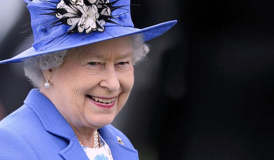 Vua Thái Lan giàu gấp 80 lần Nữ hoàng Anh - Ảnh 2.