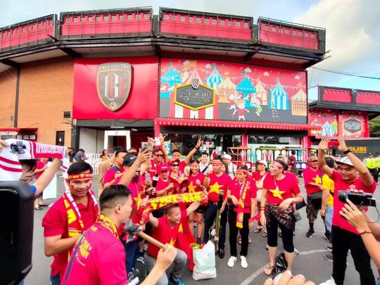 Việt Nam thắng tưng bừng Indonesia 3-1 trên sân khách - Ảnh 8.