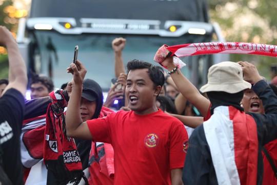 Việt Nam thắng tưng bừng Indonesia 3-1 trên sân khách - Ảnh 10.