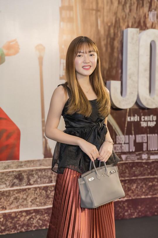 Nghệ sĩ trẻ tề tựu thưởng thức phim đoạt giải Sư tử vàng- JOKER - Ảnh 2.
