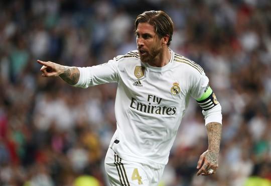 PSG mời lương 54 triệu bảng, Sergio Ramos sẽ chia tay Real Madrid? - Ảnh 1.