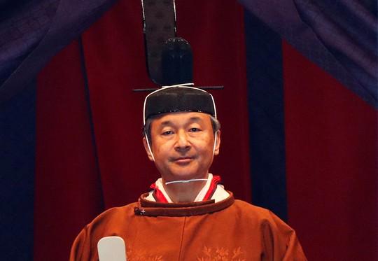 [VIDEO] Toàn cảnh Nhật hoàng Naruhito lên ngôi trong cơn mưa trút nước - Ảnh 3.