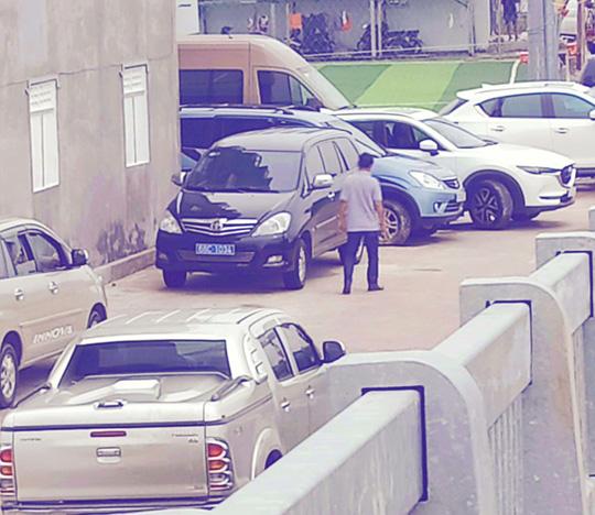 Lãnh đạo Tỉnh ủy Kiên Giang lên tiếng việc xe công đi dự khai trương nhà nuôi chim yến - Ảnh 1.
