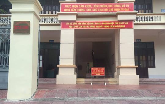Hà Giang kỷ luật vợ Chủ tịch tỉnh vì nhờ vả nâng điểm thi cho người thân - Ảnh 1.