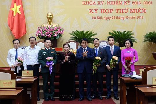 HĐND TP Hà Nội họp bất thường bầu, miễn nhiệm nhiều nhân sự - Ảnh 1.