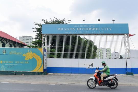 Cận cảnh khu phức hợp Dragon Riverside City 35.000 m2 bị cưỡng chế tại TP HCM - Ảnh 3.