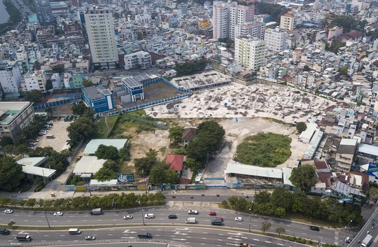 Cận cảnh khu phức hợp Dragon Riverside City 35.000 m2 bị cưỡng chế tại TP HCM - Ảnh 6.