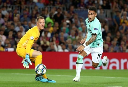 Luis Suarez lập siêu phẩm, Barcelona quật ngã Inter Milan ở Nou Camp - Ảnh 3.