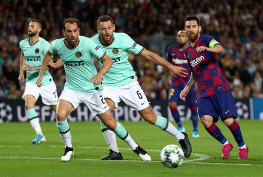 Luis Suarez lập siêu phẩm, Barcelona quật ngã Inter Milan ở Nou Camp - Ảnh 6.