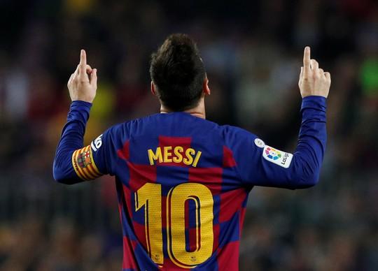 Ghi 608 bàn, Messi vượt mặt Ronaldo - Ảnh 4.