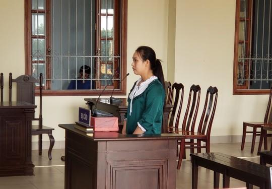 Cô gái 9X ở tù 3 lần, chưa đóng án phí tiếp tục trộm, cướp - Ảnh 1.