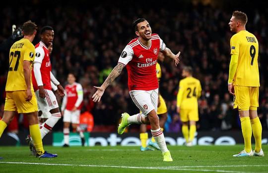 Sao 18 tuổi bùng nổ, Arsenal lên ngôi đỉnh bảng Europa League - Ảnh 7.