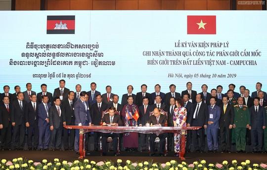 Việt Nam và Campuchia đã phân giới cắm mốc 1.045/1.245 km đường biên giữa hai bên - Ảnh 2.