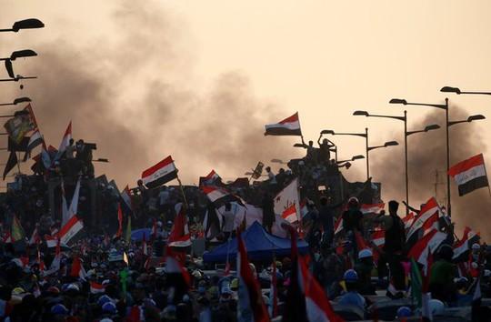 """Iran """"nhúng tay"""", giúp thủ tướng Iraq không bị lật đổ - Ảnh 2."""