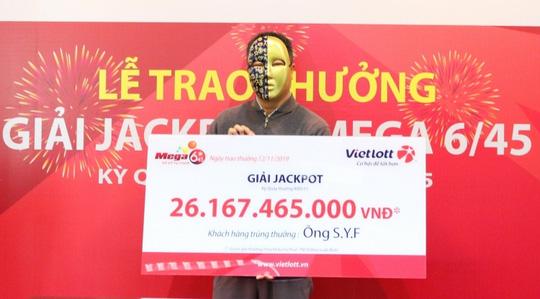 Lần đầu tiên, một người nước ngoài trúng vé số Vietlott hơn 26 tỉ đồng - Ảnh 1.