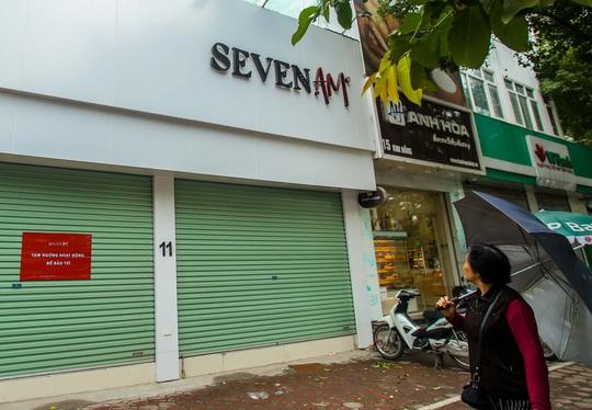 Cận cảnh cửa đóng then cài của chuỗi cửa hàng Seven.Am sau nghi vấn cắt mác Trung Quốc - Ảnh 13.