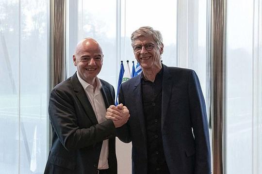 Arsene Wenger tái xuất, làm sếp bóng đá toàn cầu tại FIFA - Ảnh 1.