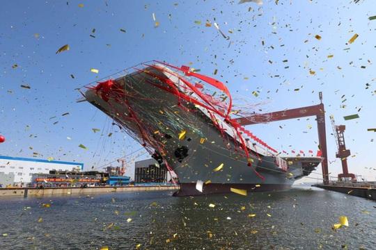 Nói Mỹ phô trương sức mạnh, chính Trung Quốc điều tàu sân bay tới biển Đông - Ảnh 1.