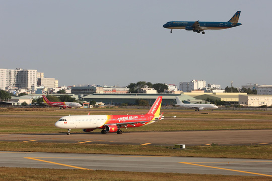 Hãng hàng không cần có vốn tối thiểu bao nhiêu để khai thác 10, 11-30 và trên 30 máy bay? - Ảnh 1.