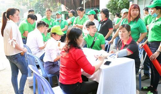 Hơn 2.500 lao động tham gia hiến máu - Ảnh 1.