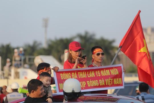 Việt Nam - Thái Lan: Kịch tính, vẫn bất phân thắng bại - Ảnh 11.