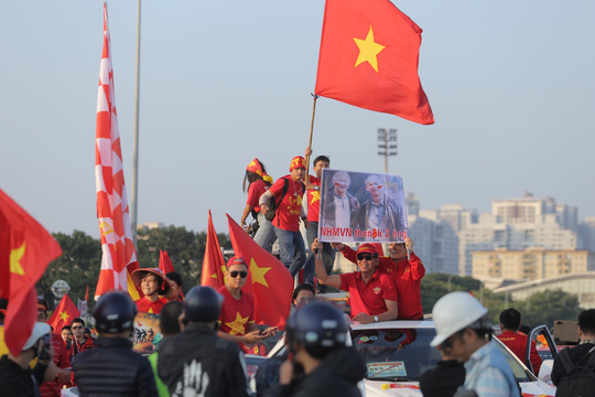 Việt Nam - Thái Lan: Kịch tính, vẫn bất phân thắng bại - Ảnh 13.