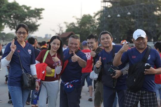 Việt Nam - Thái Lan: Kịch tính, vẫn bất phân thắng bại - Ảnh 14.