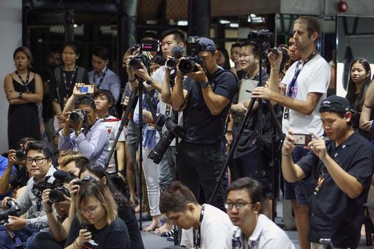 CLIP: Màn tung cước ấn tượng của Nguyễn Trần Duy Nhất trước khi thượng đài - Ảnh 6.