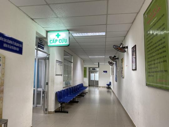 Vụ 2 sản phụ tử vong, 1 nguy kịch: Niêm phong phòng mổ Bệnh viện Phụ nữ Đà Nẵng - Ảnh 4.