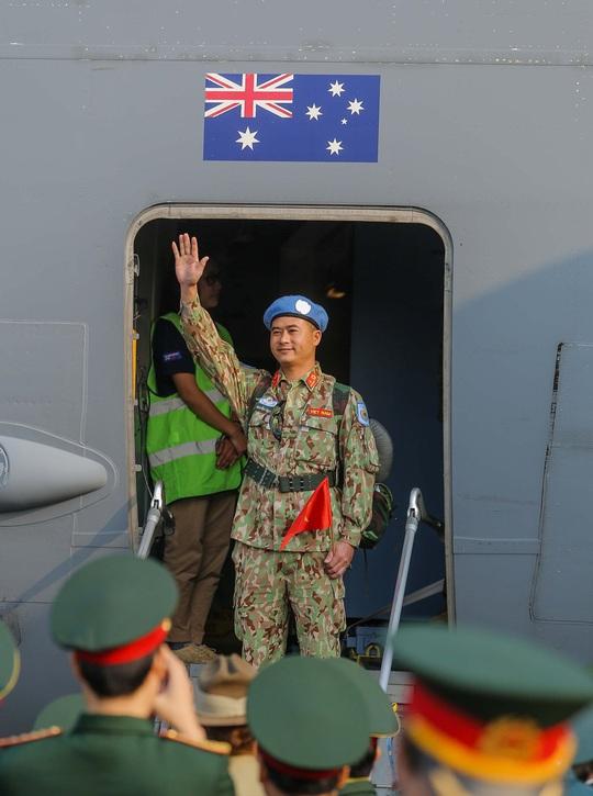 Cận cảnh ngựa thồ C-17 đưa bệnh viện dã chiến sang Nam Sudan làm nhiệm vụ gìn giữ hòa bình - Ảnh 12.