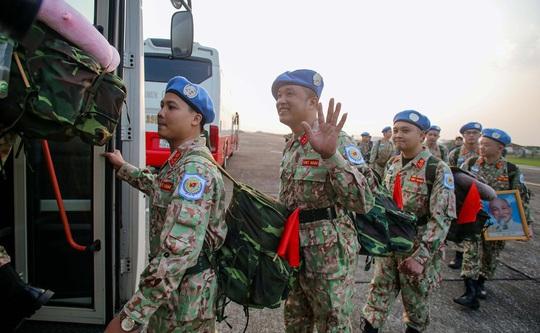 Cận cảnh ngựa thồ C-17 đưa bệnh viện dã chiến sang Nam Sudan làm nhiệm vụ gìn giữ hòa bình - Ảnh 3.