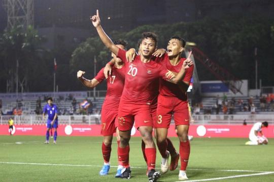 Đương kim vô địch Thái Lan gục ngã, sân cỏ SEA Games rúng động - Ảnh 4.