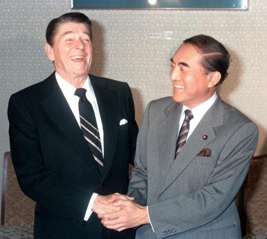 Cựu Thủ tướng Nhật qua đời ở tuổi 101 - Ảnh 3.
