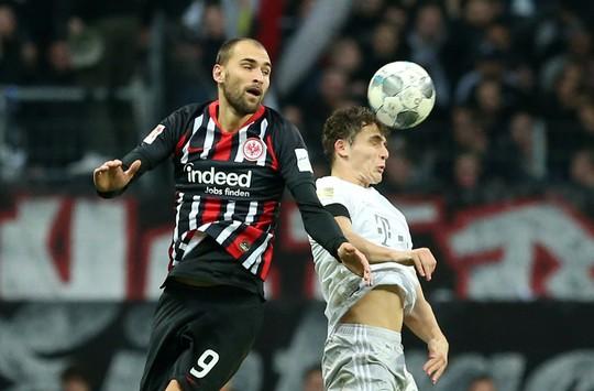 Mourinho và Wenger chạy đua ghế HLV trưởng Bayern Munich - Ảnh 1.