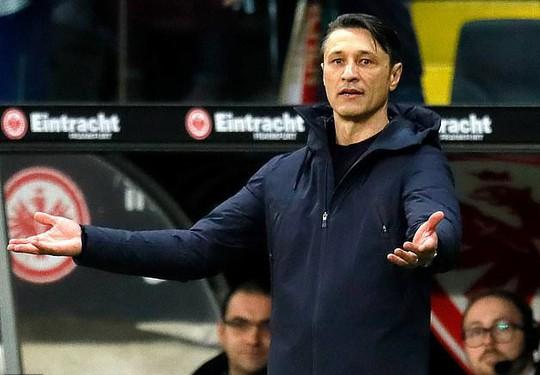 Mourinho và Wenger chạy đua ghế HLV trưởng Bayern Munich - Ảnh 2.