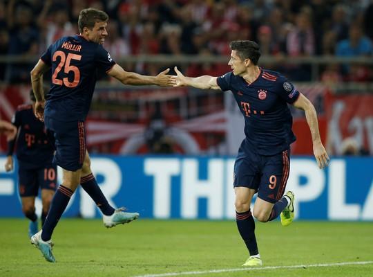 Mourinho và Wenger chạy đua ghế HLV trưởng Bayern Munich - Ảnh 3.