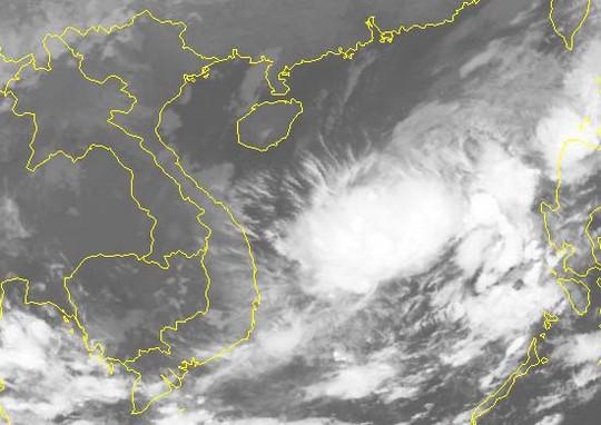 Áp thấp nhiệt đới khả năng mạnh lên thành bão giật cấp 11 trên Biển Đông - Ảnh 2.