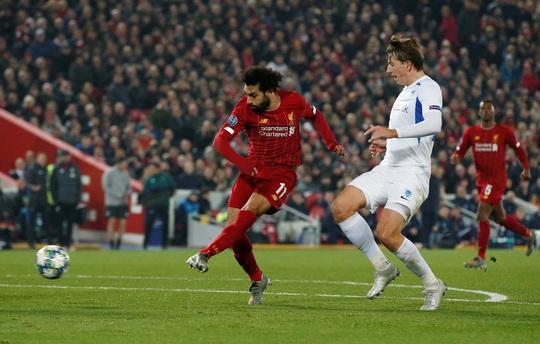 Thần tài tỏa sáng, Liverpool lên ngôi đầu bảng Champions League - Ảnh 1.