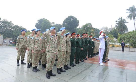 Báo công dâng Bác của Bệnh viện dã chiến trước khi lên đường gìn giữ hòa bình LHQ - Ảnh 6.