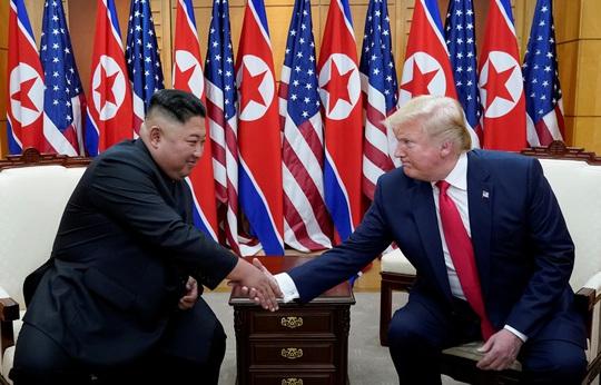 Kim vs Trump cu