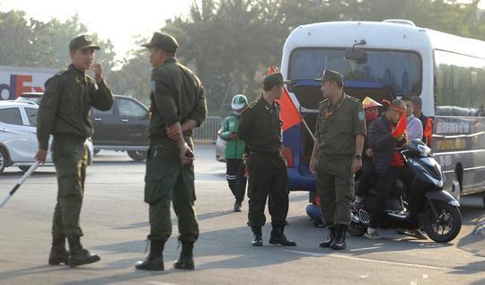 Thủ tướng nồng nhiệt chào đón, chúc mừng các HLV, VĐV đoàn thể thao Việt Nam - Ảnh 3.