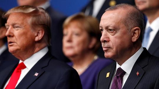 Mỹ đe tạt nước lạnh, Thổ Nhĩ Kỳ dọa xối nước sôi - Ảnh 1.