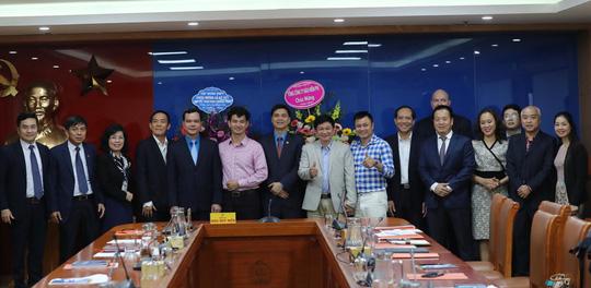 Tổng LĐLĐ Việt Nam ký kết Chương trình Phúc lợi cho đoàn viên và người lao động - Ảnh 1.