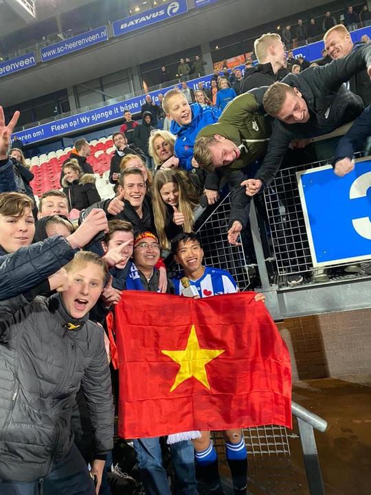 Văn Hậu đã được thi đấu cho Heerenveen: Đá 4 phút cuối, nhận 1 thẻ vàng - Ảnh 3.