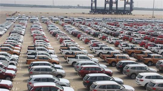 Thu thuế từ nhập khẩu ôtô tăng gần 20.000 tỉ đồng năm 2019 - Ảnh 1.