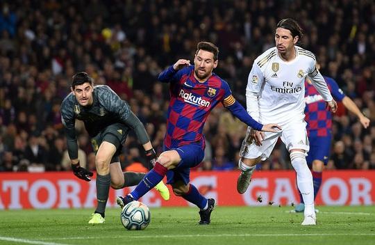 Messi nhạt nhòa, Barcelona bị cầm hòa Siêu kinh điển - Ảnh 4.